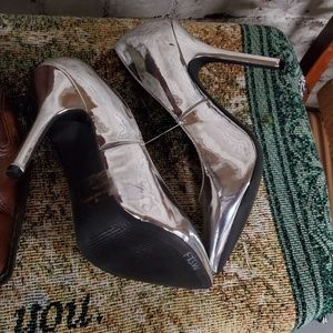 Silver high heels wild diva shoes size 7.5